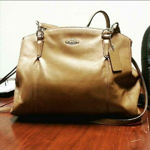 Coach Bags - Vintage Leather Coach handbag